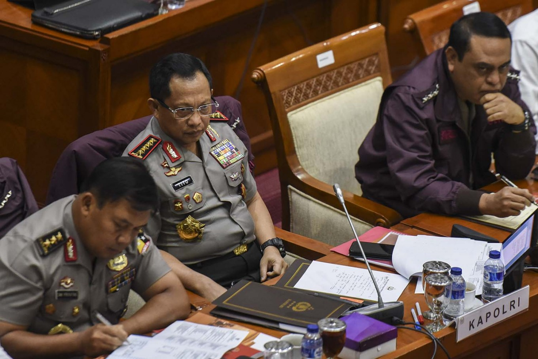 Police target 'land mafia'