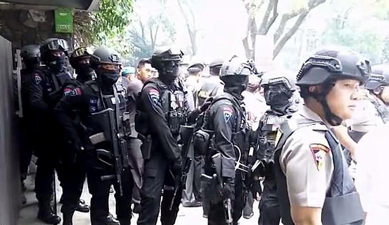 Suspected terrorist in Bandung captured alive