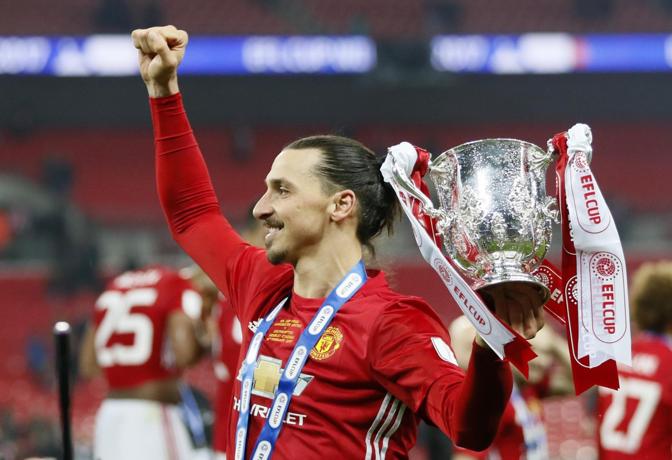 e07fb8b7ed4 Zlatan Ibrahimovic s double wins League Cup for Man United United s Zlatan  Ibrahimovic celebrate with the trophy after ...
