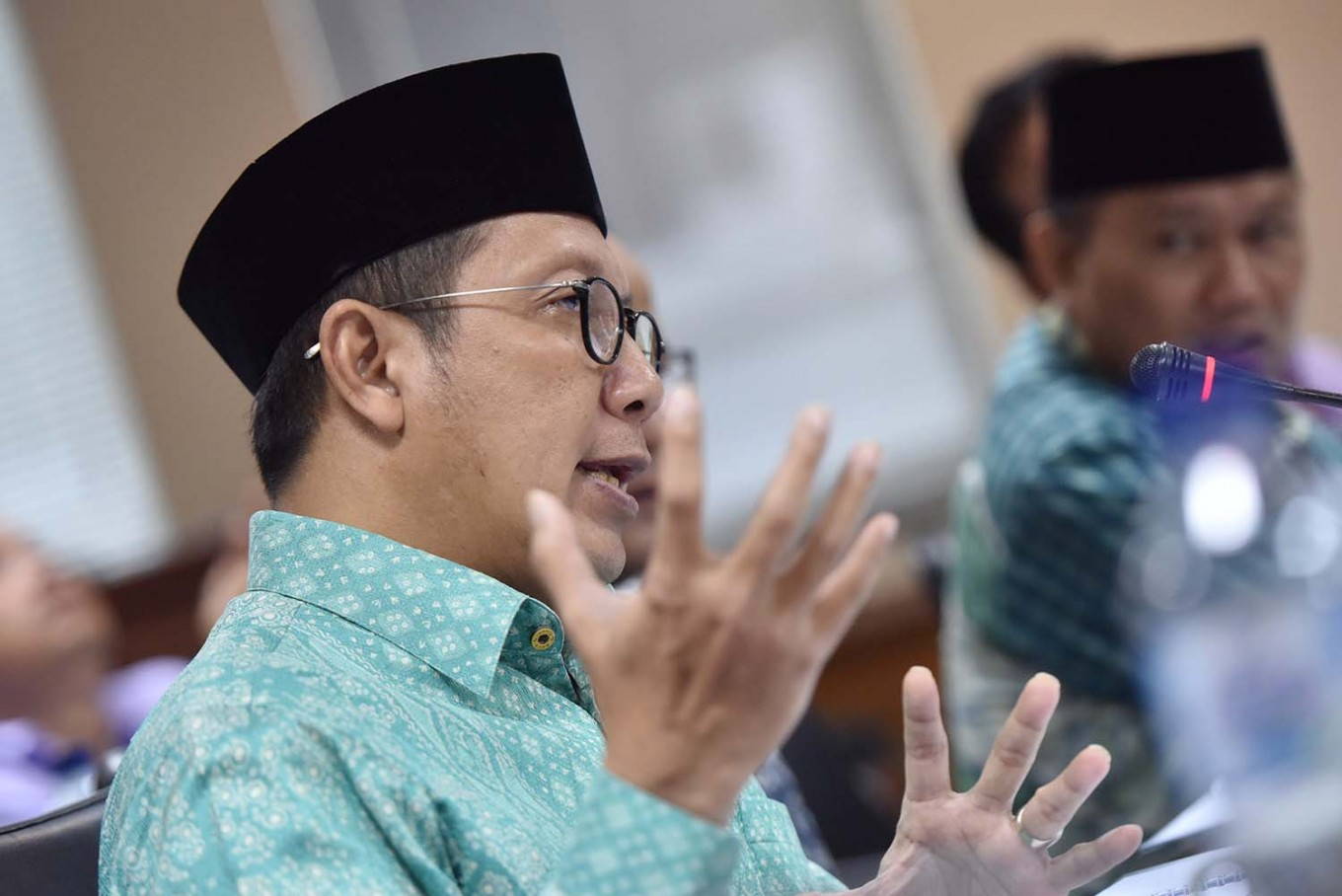 KPK seizes more than $40,000 from religious affairs minister's office