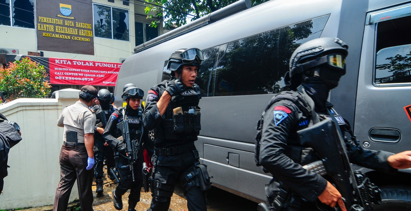 Bomb explodes in Bandung