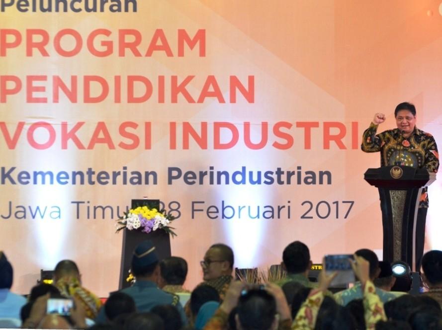 Industry Ministry eyes 220,000 certified workers in 2017