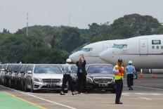 Rows of Mercedes-Benz sedans are readied at Halim Perdanakusuma Airport to be used by King Salman bin Abdulaziz Al Saud and his entourage. JP/Dhoni Setiawan