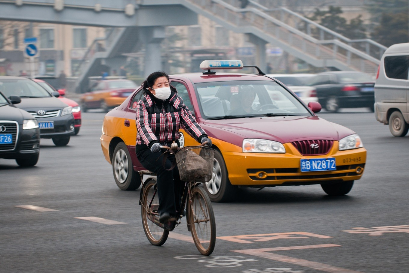Could air pollution be blamed for irregular periods?