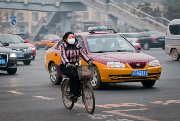 Air pollution disrupts our sleep, says new study