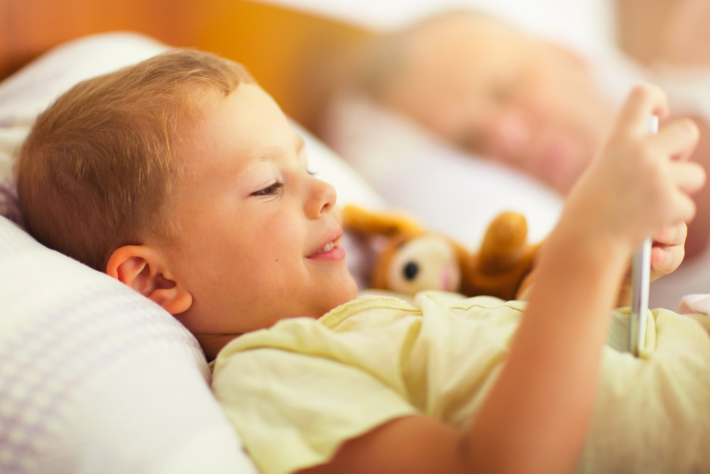 Technology may be keeping your children awake