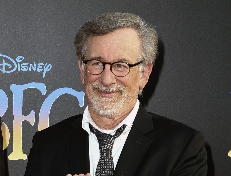 Spielberg Streep Hanks May Team For Pentagon Papers