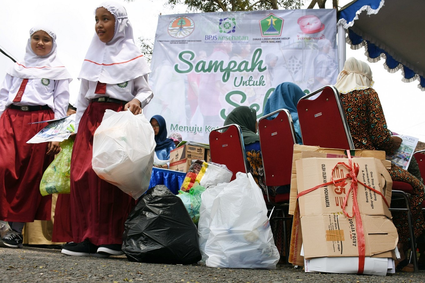 From trash to healthcare in Malang
