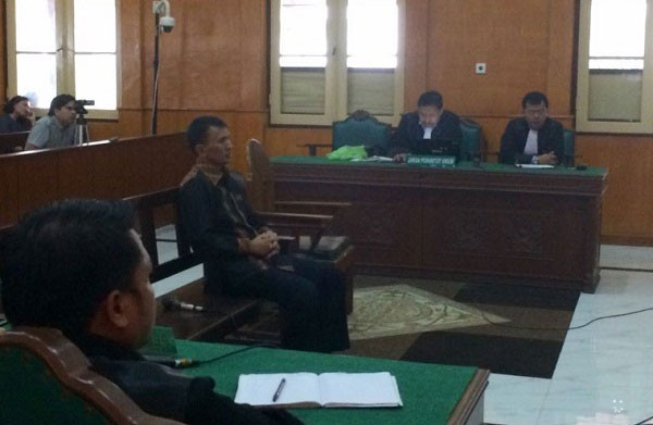 Six former N. Sumatra DPRD members get four years for bribery, stripped of political rights