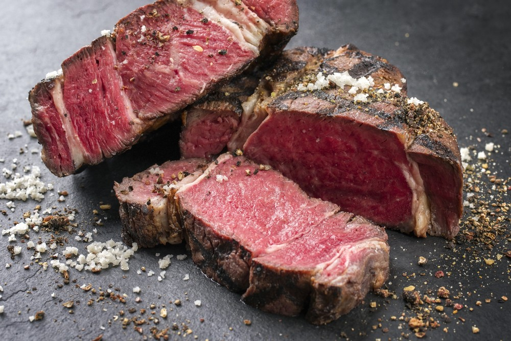 Internet beef is taking advantage of not-so-hot supermarket meat