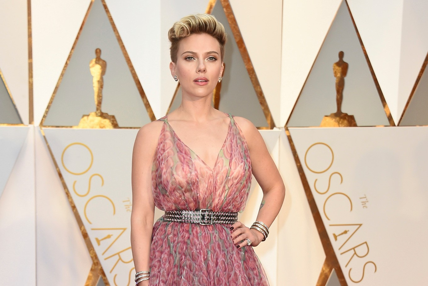 Scarlett Johansson auditioned to be Tom Cruise's girlfriend?