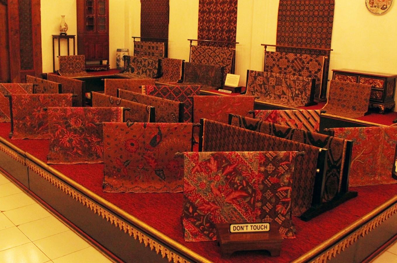 Various kinds of batik soga (soil brown) that is the signature batik of Surakarta.