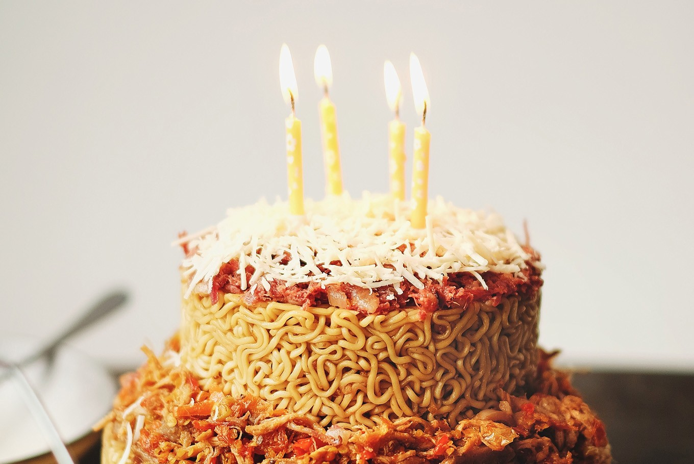 Cafe In North Jakarta Introduces Noodle Birthday Cake Food The