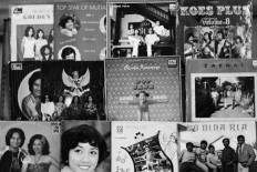 Covers of vinyls produced by Lokananta are displayed side by side. JP/Ganug Nugroho Adi