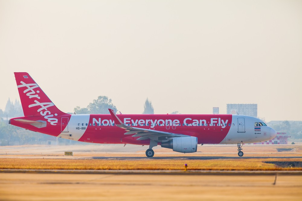 AirAsia plans Vietnam venture on Southeast Asia travel boom