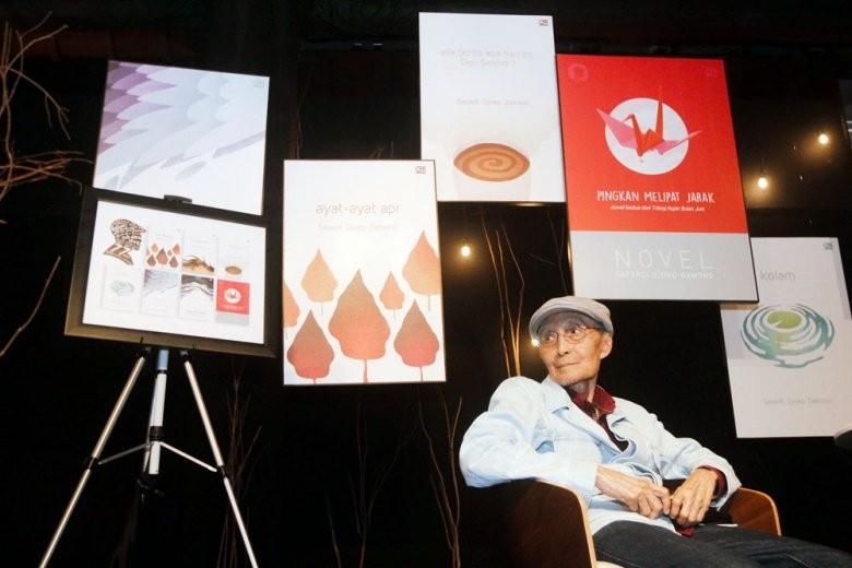 Sapardi Djoko Damono reveals why he became a poet
