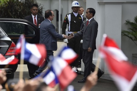 Indonesia to barter French weapons with rubber