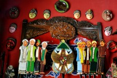 Wayang dakwah figures (from left to right) Sunan Giri, Sunan Ampel, Sunan Kudus, Sunan Bonang, Sunan Muria, Sunan Drajat, Sunan Gresik, Sunan Gunung Jati and Sunan Kalijaga, which are the names of nine revered clerics who spread the teachings of Islam in Java. JP/ Magnus Hendratmo