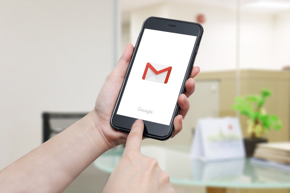 Gmail for Android now supports GIFs via Gboard