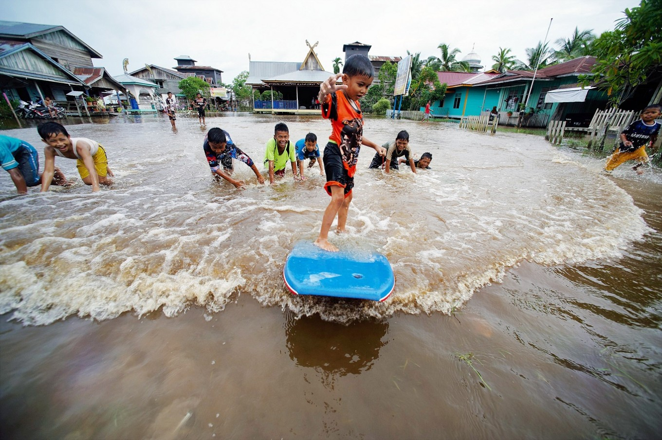 How the Kampar people adapt to floods