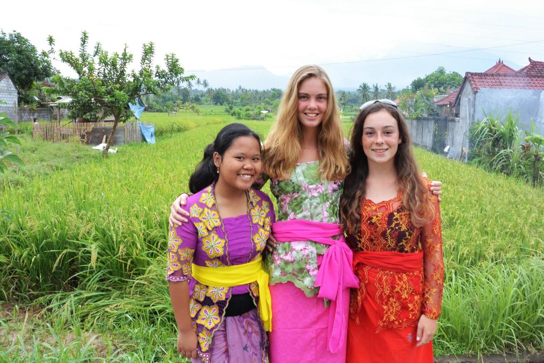 Teen girls seek to build library in East Bali village