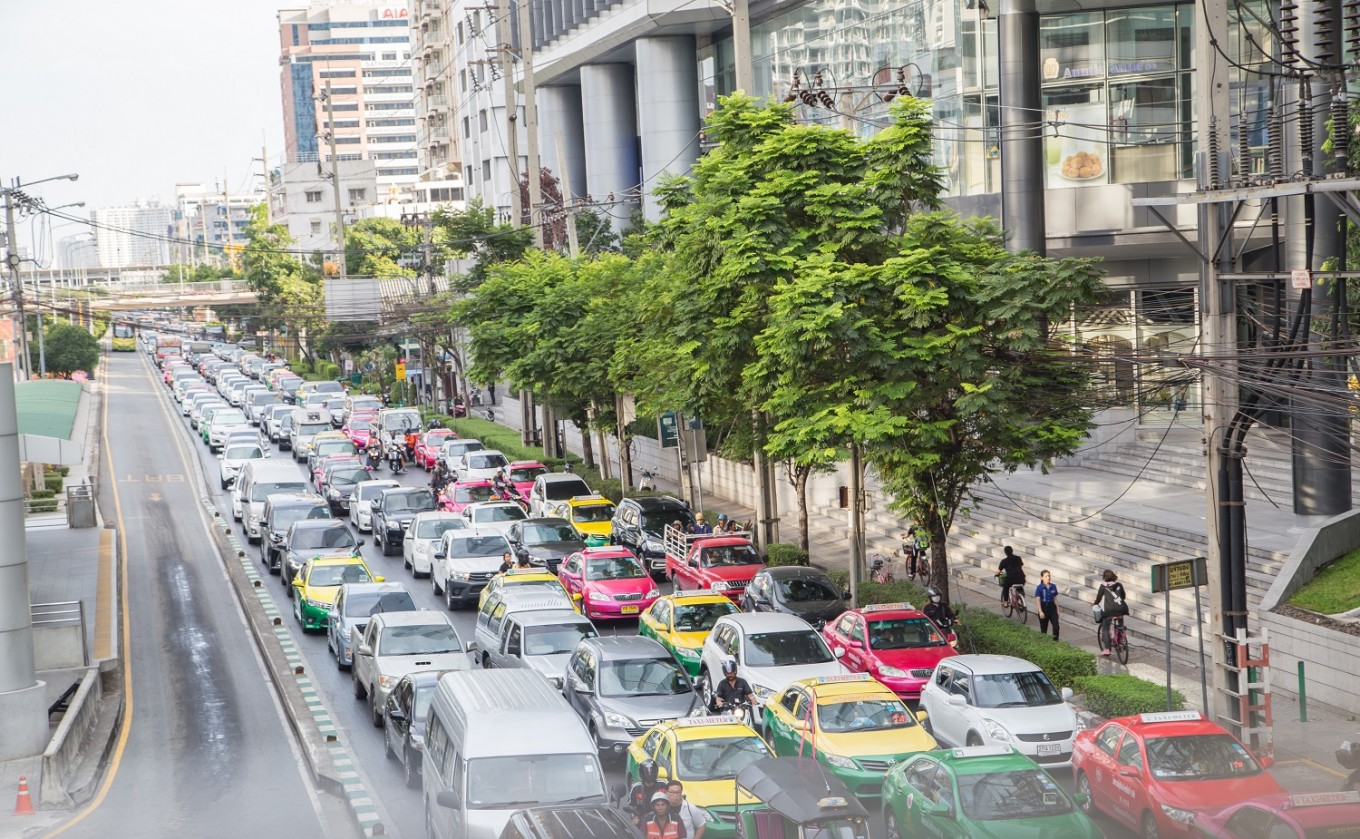 Police to get tougher with traffic rules violators in Bangkok