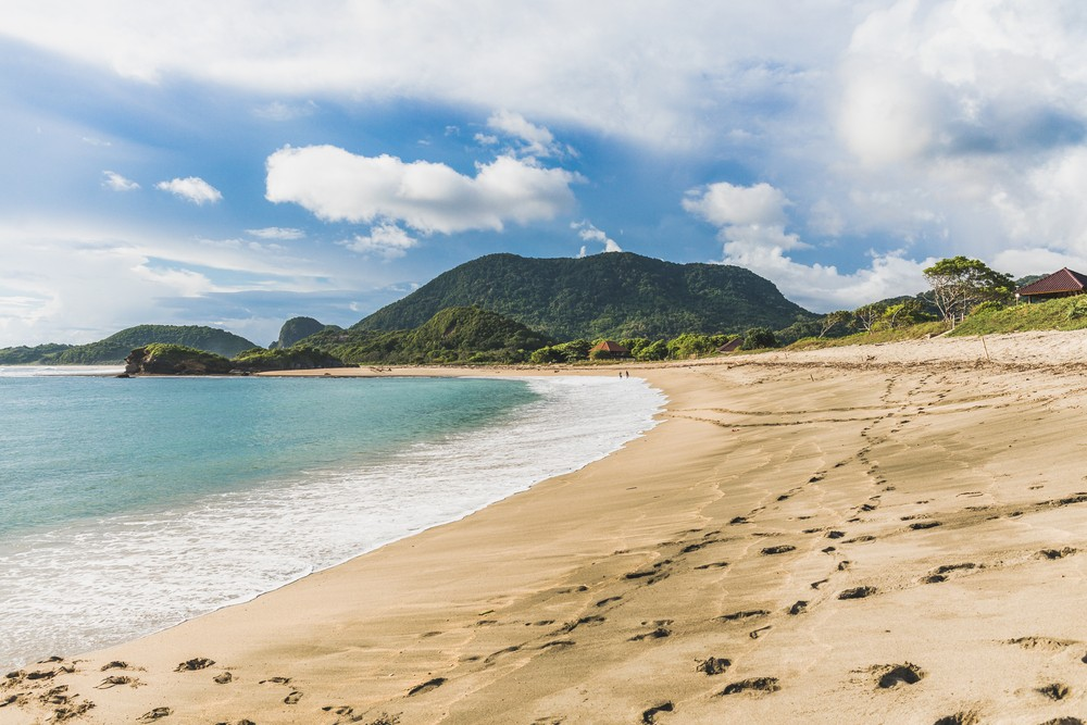 Five beaches to visit in West Sumbawa