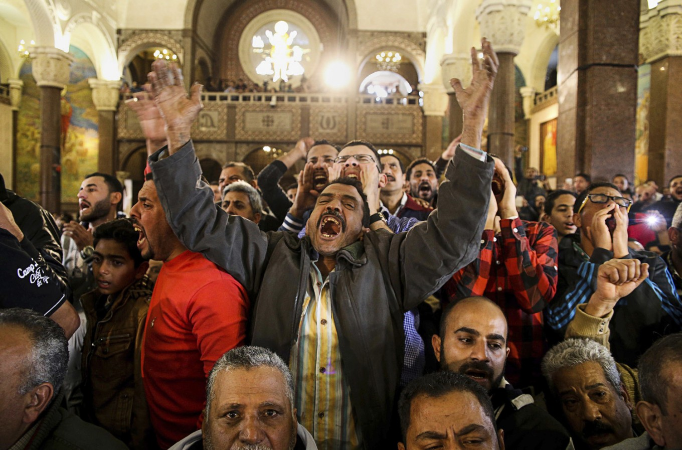 Attacks test Egypt's president who orders state of emergency
