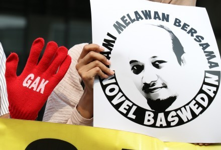 Jokowi must pay serious attention to Novel's allegation: Activist