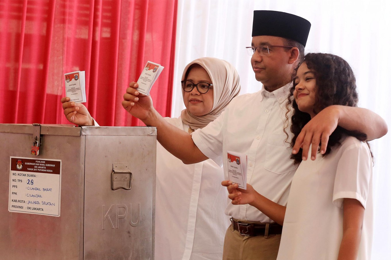 Did Anies just deliver a victory speech an hour after polling booths closed?