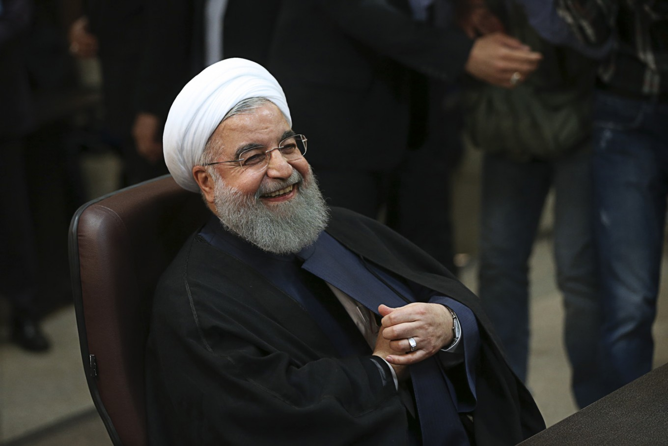 Iran says US violating nuclear deal with sanctions