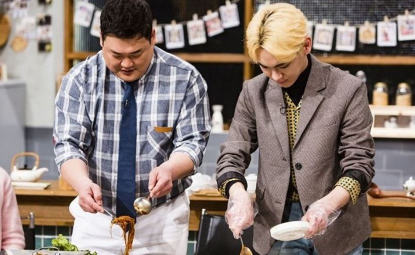 K-pop stars with excellent cooking skill