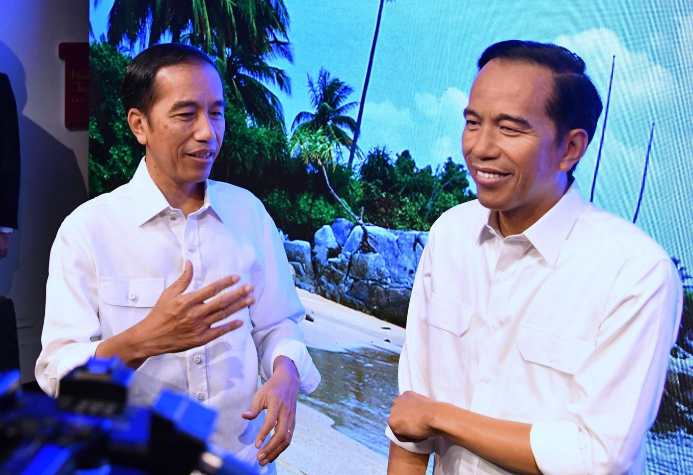Jokowi's Madam Tussaud wax figure to wear batik