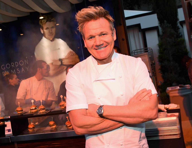 gordon ramsay to open first hells kitchen restaurant in las vegas - Hells Kitchen 2017