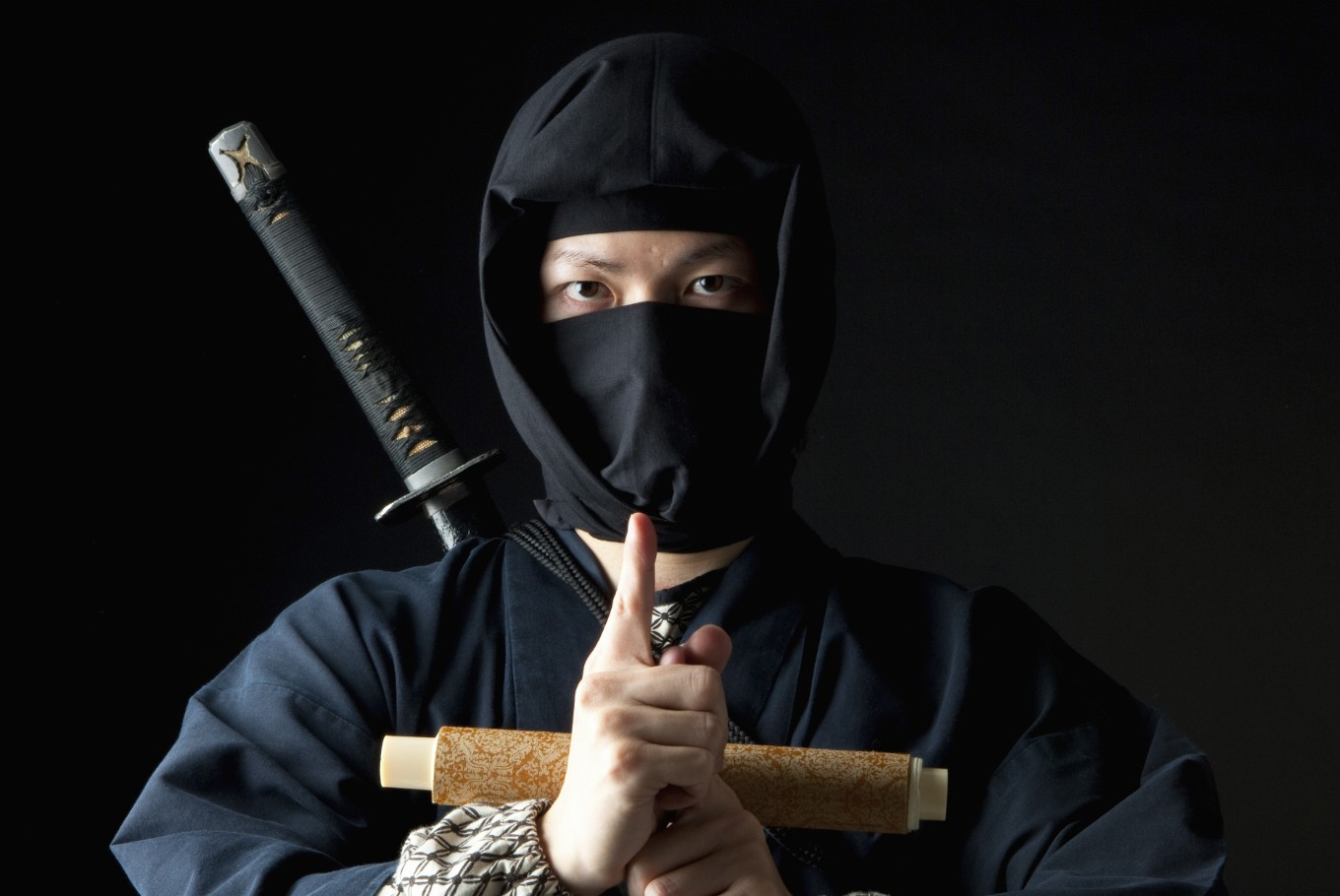 Japanese security firm finds success with ninja-clad guards