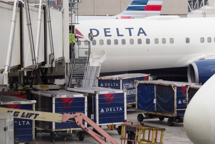 US Airlines Agree to Bailout Terms, Receive Billions from Treasury Department