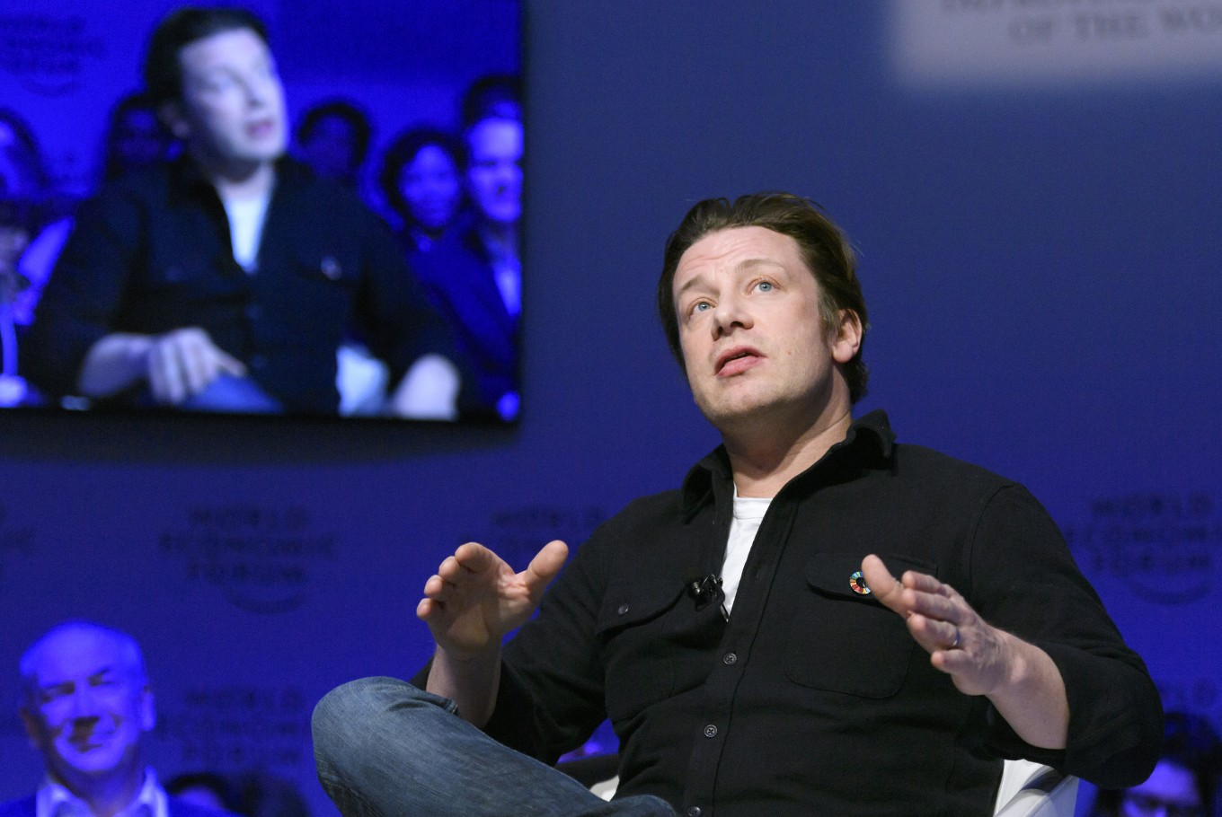 Celebrity Chef Jamie Oliver's restaurant empire on verge of collapse