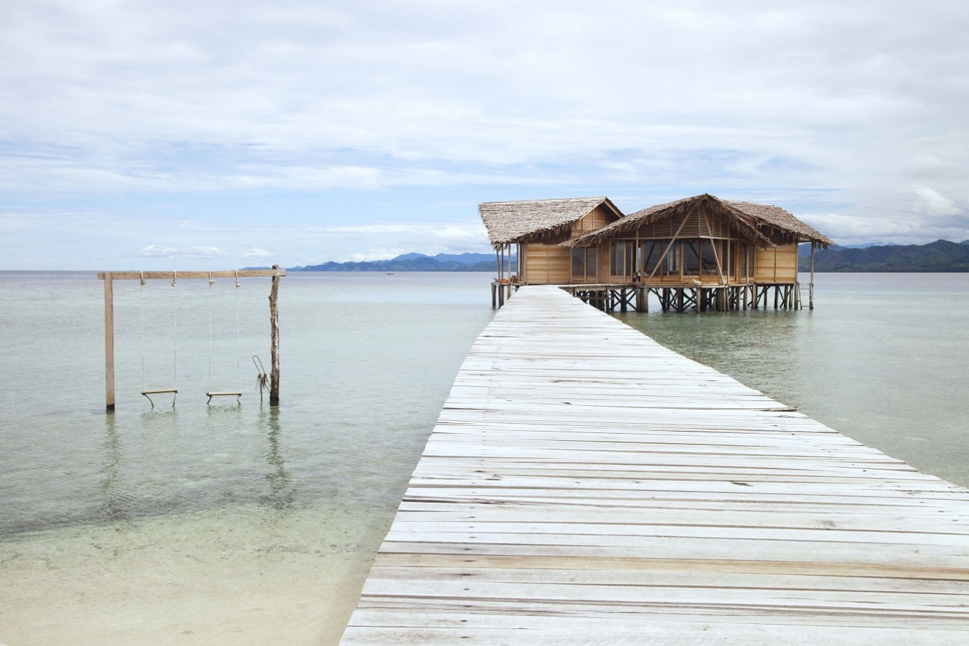 A view of the limitless sea at Pulo Cinta.