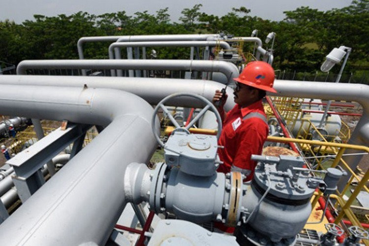 Cirebon-Semarang industrial gas pipe construction kicks off after 14-year delay