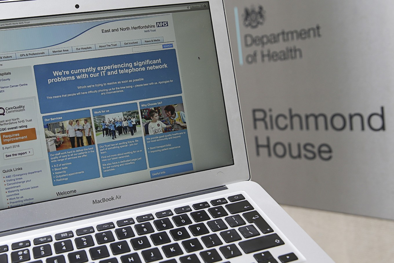 UK and US warn of cyber threat to health sector fighting virus