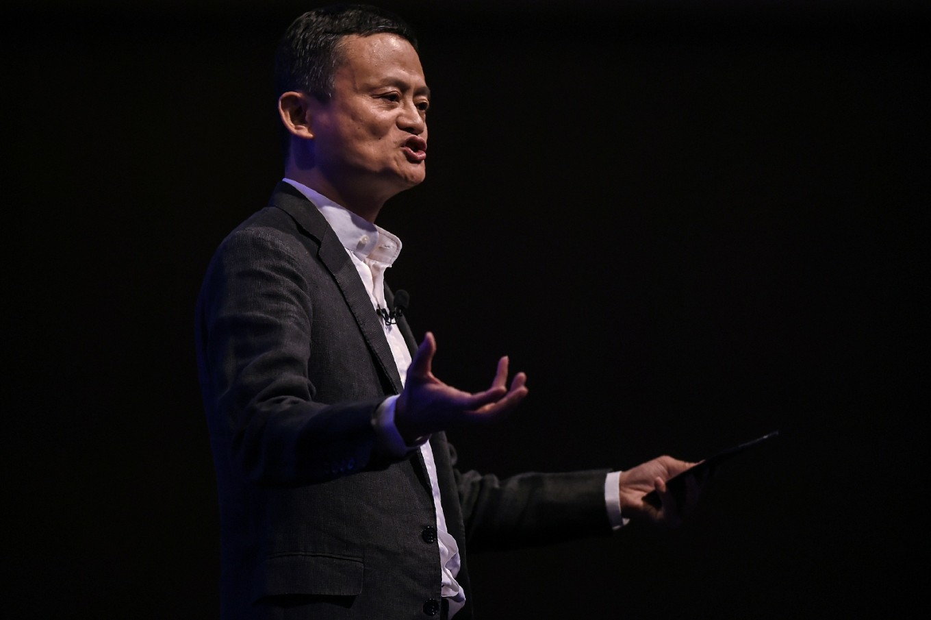Alibaba's Jack Ma gets $2.8b richer in one day