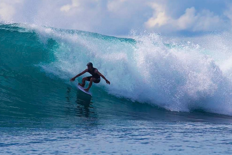 World surfers taste big, high waves of Nias' Sorake Bay
