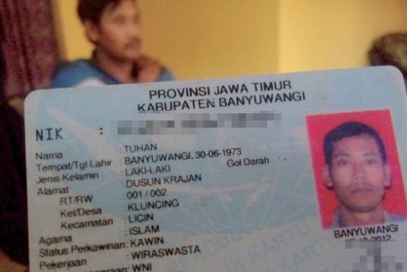 Keep the faith: Bandung issues first ID cards with native religion column