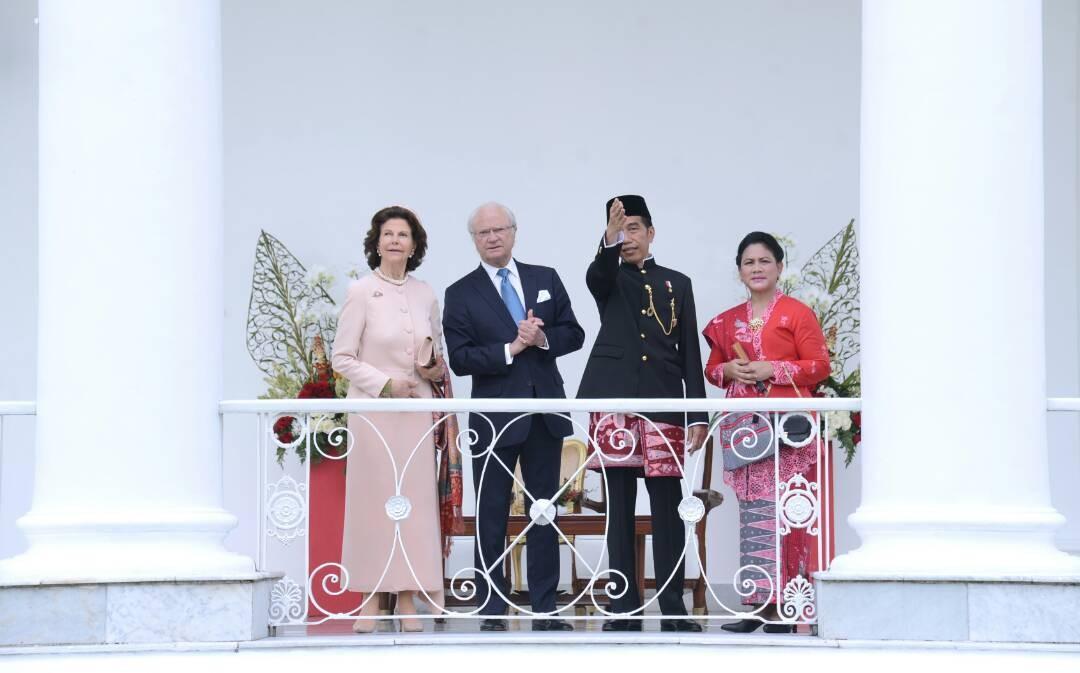 Jokowi bestows highest medal to Swedish king