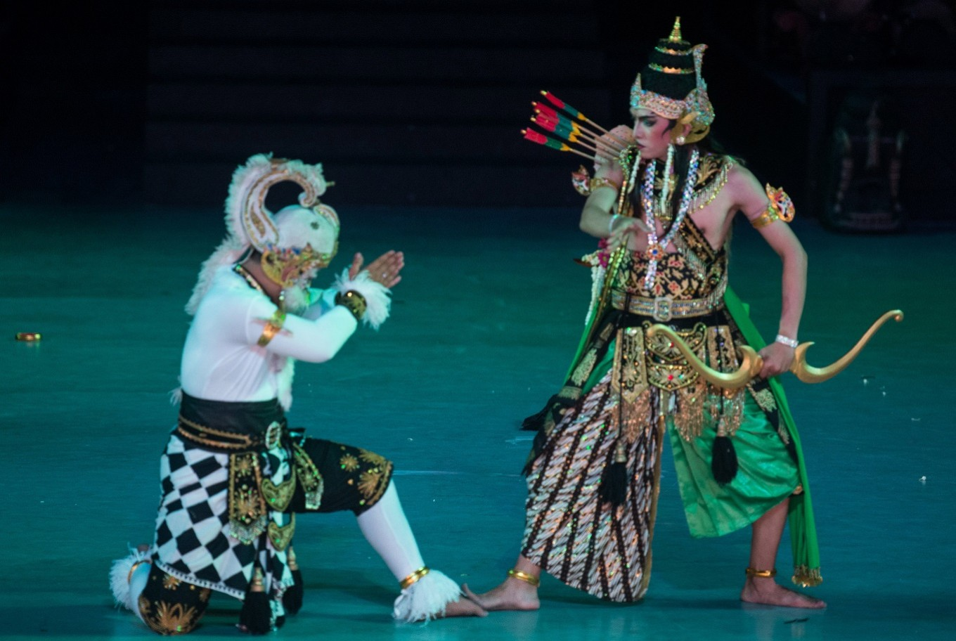 Blitar-based troupe perform the Ramayana ballet, East Javanese style
