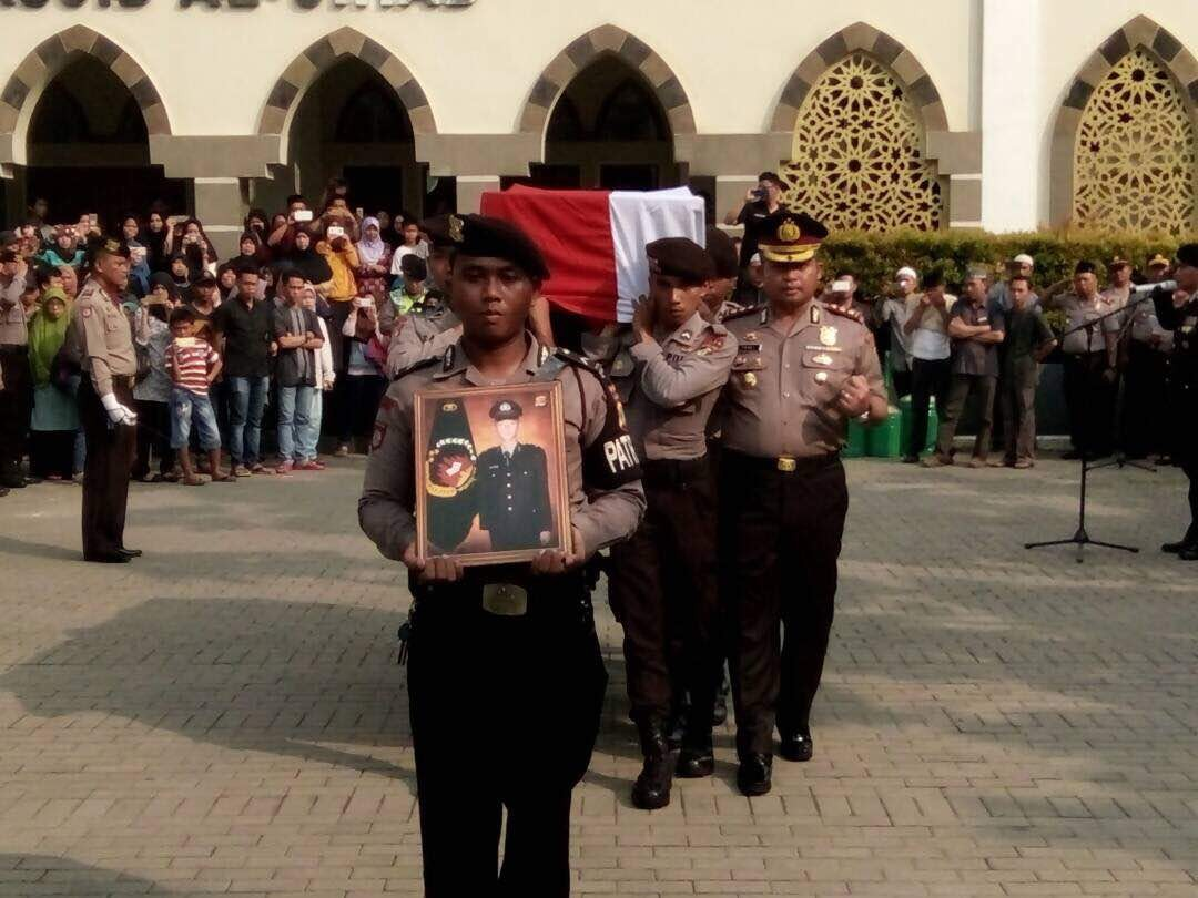 Victims of East Jakarta suicide bombings to be buried