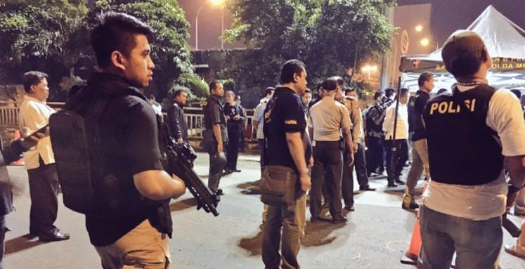 BREAKING NEWS: Explosions hit East Jakarta