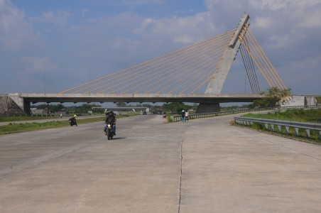 Solo-Ngawi toll road expected to boost Surakarta tourism