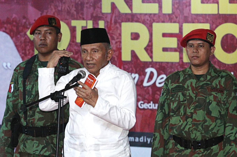 PAN patron Amien Rais declares new party