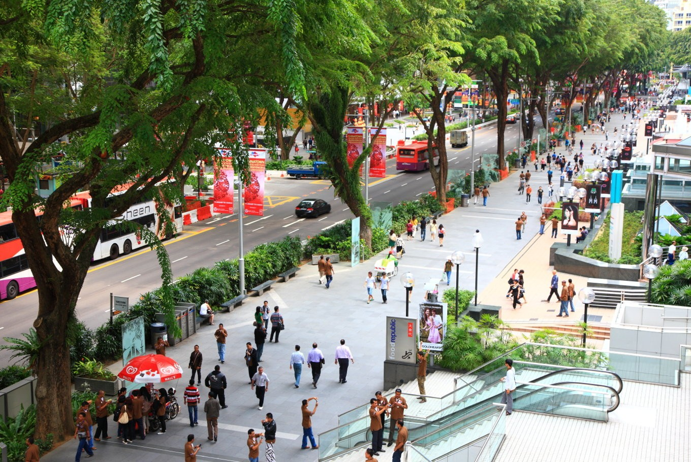 Smoking ban for Singapore's Orchard Road kicks in